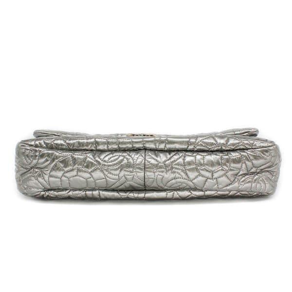 bottom of silver bag