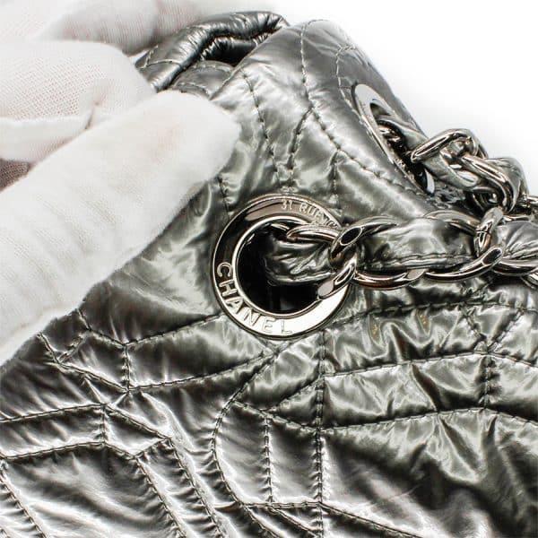 chanel details on silver bag