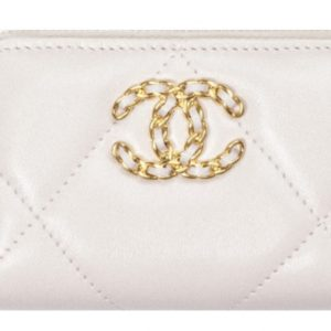 Chanel 19 Zipped Coin Purse Pink